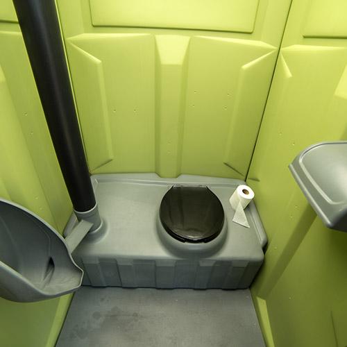 High Rise Toilets : Construction porta potty rentals afford a